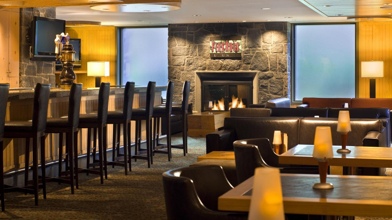 The Westin Resort & Spa, Whistler - Whistler Restaurants - Firerock Lounge