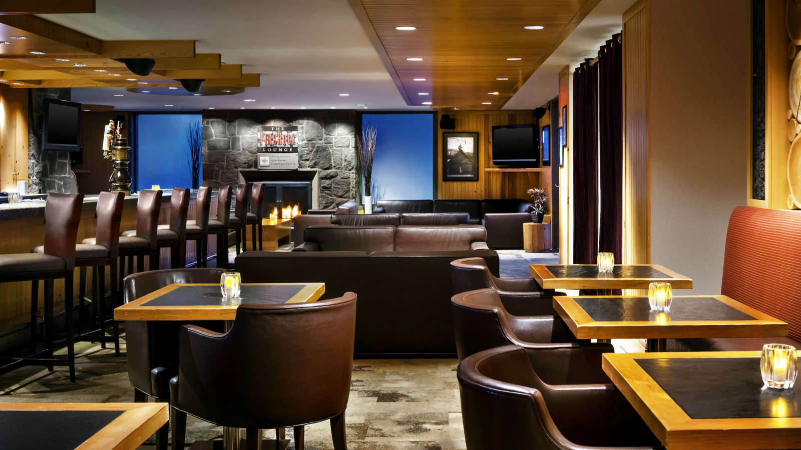 The Westin Resort & Spa, Whistler - FireRock Lounge